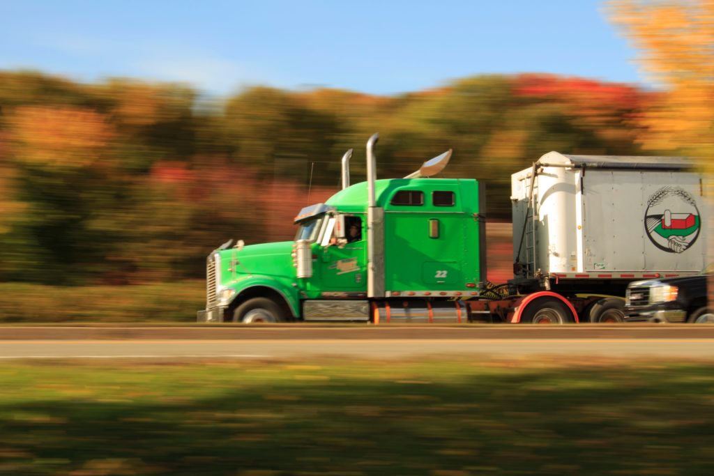 5 Ways To Prevent A Semi-Truck Accident